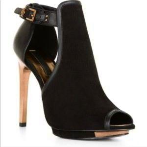 BCBG MaxAzria Suede Sandal. Black